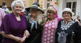 Seniorzy na zabawie