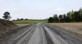 Kolejna nowa droga w gminie Brzuze