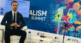 Paweł Grzybowski na szczycie w Mediolanie