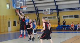 Basket trzeci w Dobrzyniu