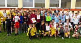 Sztafetowe biegi w Borzyminie