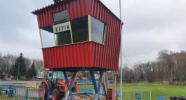 Budka spikera zniknęła ze stadionu
