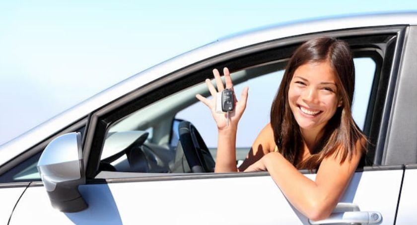 Firmy, sposób dokonać darowizny samochodu - zdjęcie, fotografia