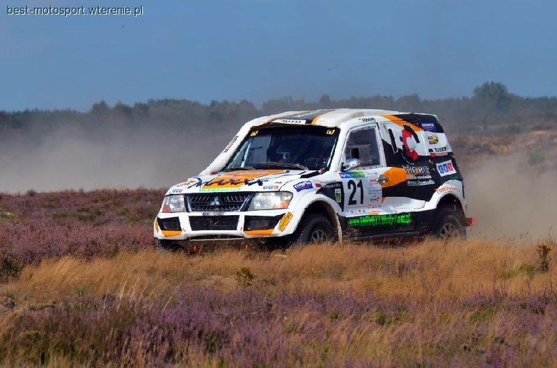 Rajdy terenowe i przeprawy 4x4, MAXXX Rally drugi dzień rywalizacji Poland - zdjęcie, fotografia
