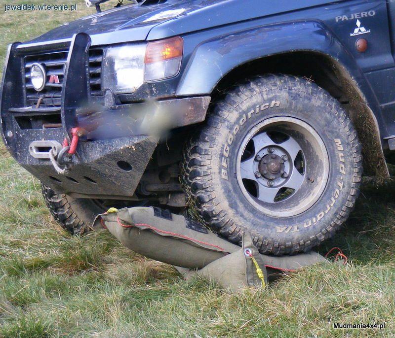Szpej offroadowy, Trapy pneumatyczne poduszki - zdjęcie, fotografia