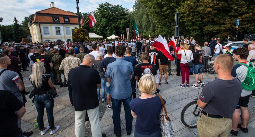 Wiadomości, Demokracja pewno zagrożona Białymstoku - zdjęcie, fotografia