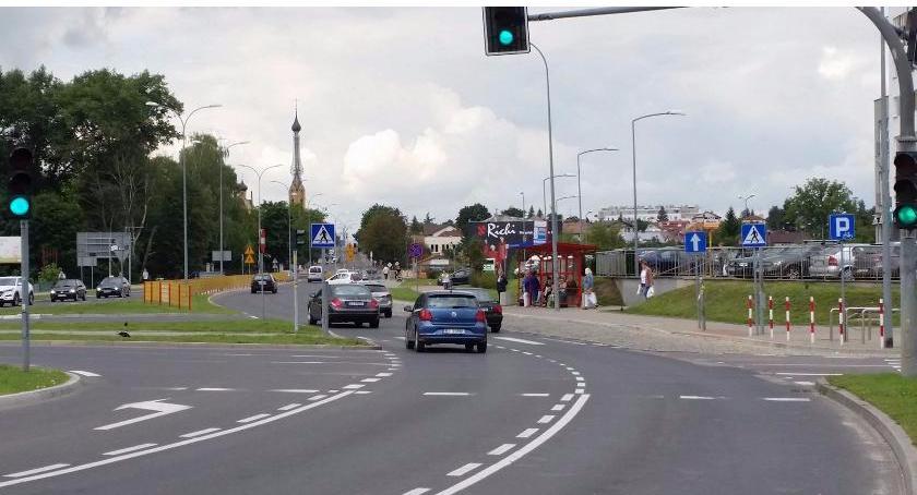 Wiadomości, dobre rozwiązanie drogowe Wypadek kwestią czasu - zdjęcie, fotografia