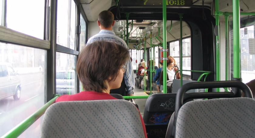 Moto, Autobusy wodór przyszłość transportu publicznego - zdjęcie, fotografia