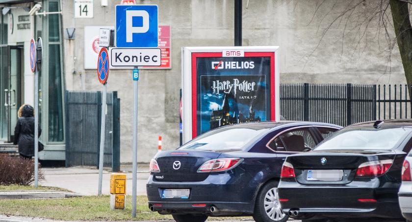 Moto, Płatne parkowanie nowemu magistrat ogrodnika było bezprawnie pobranych mandatów - zdjęcie, fotografia