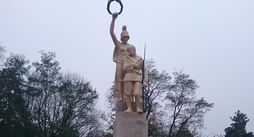 Wiadomości, Odnowiono pomnik Pułku Piechoty - zdjęcie, fotografia