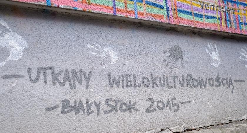 Styl Życia, Zniszczony mural został odnowiony - zdjęcie, fotografia