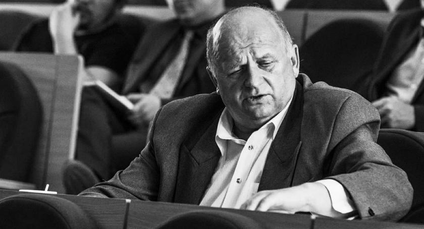 Wiadomości, Zmarł radny Zbigniew Brożek radnym Prawa Sprawiedliwości - zdjęcie, fotografia