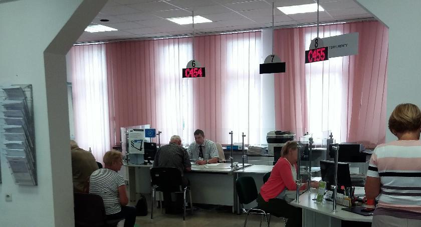 Wiadomości, zwolnienia udogodnieniem pracodawców - zdjęcie, fotografia
