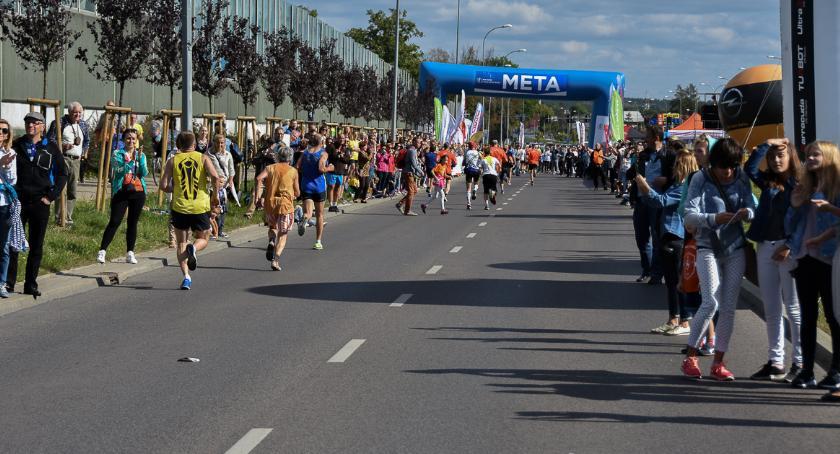 Styl Życia, Biegamy zdrowia chęci pomocy innym ludziom - zdjęcie, fotografia