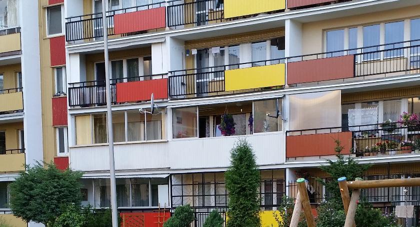 Styl Życia, Wielu Polaków płaci mieszkanie Długi bywają gigantyczne - zdjęcie, fotografia
