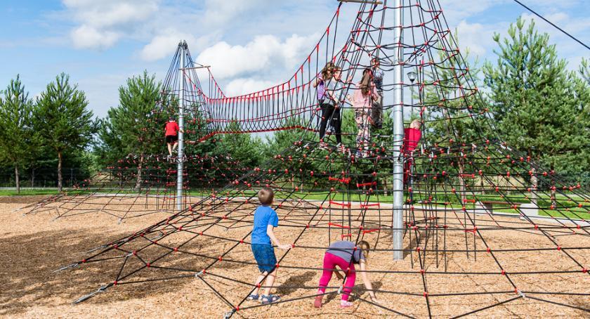 Wiadomości, pieniądze letni wypoczynek dzieci Białymstoku - zdjęcie, fotografia