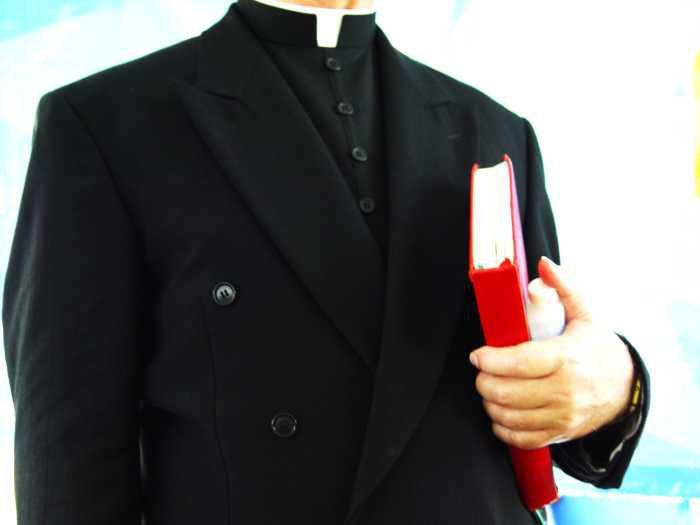Styl Życia, Coraz mniej wiernych chodzi kościoła - zdjęcie, fotografia