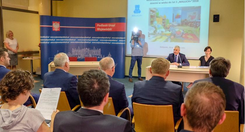 Wiadomości, Maluch końcu zawitał Białegostoku - zdjęcie, fotografia