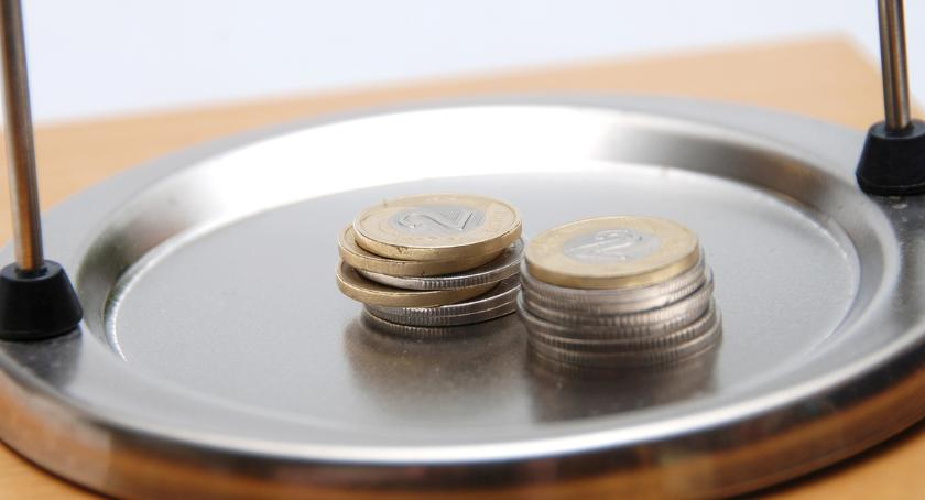 Wiadomości, Podwyżki wynagrodzeń - zdjęcie, fotografia