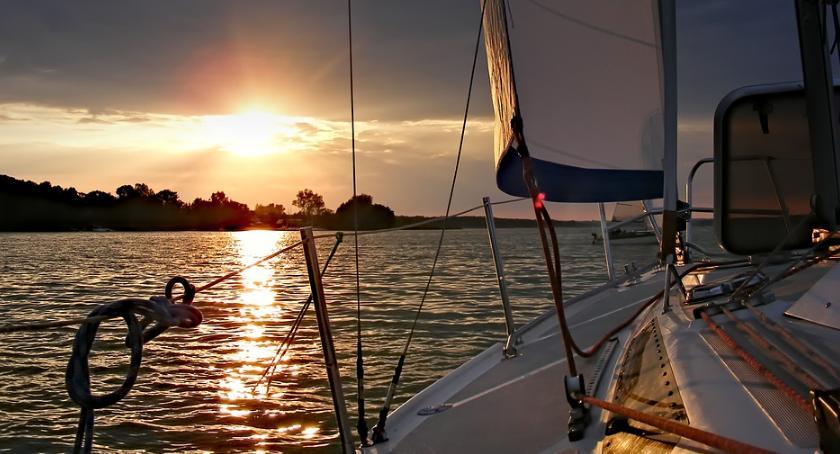 Styl Życia, Coraz więcej Polaków wypoczywa jachtach inwestuje jachty - zdjęcie, fotografia
