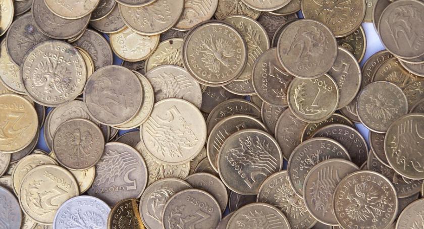 Wiadomości, Statystyczny Kowalski zadłużony ponad złotych - zdjęcie, fotografia