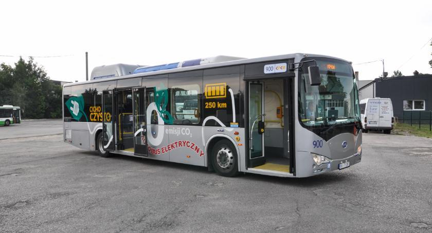 Moto, Produkowane polskimi rękami autobusy elektryczne rozchwytywane - zdjęcie, fotografia