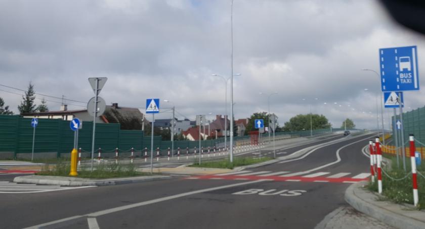 Moto, buspasy krzyż problem - zdjęcie, fotografia
