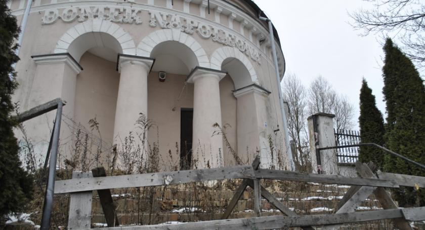 Wiadomości, Tragedia zabytkami - zdjęcie, fotografia