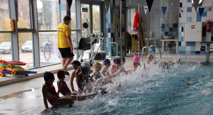Wiadomości, Pływalnia Rodzinna nadal oblegana remoncie - zdjęcie, fotografia