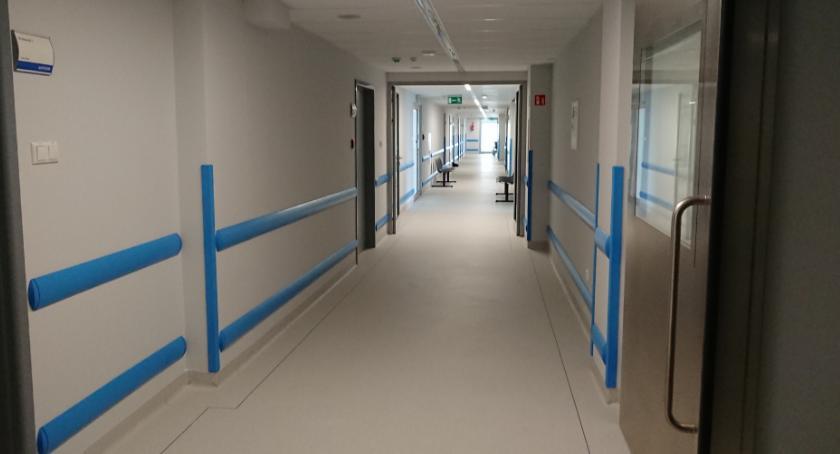 Wiadomości, szpitalu wojewódzkim pojawi robot chirurgiczny - zdjęcie, fotografia