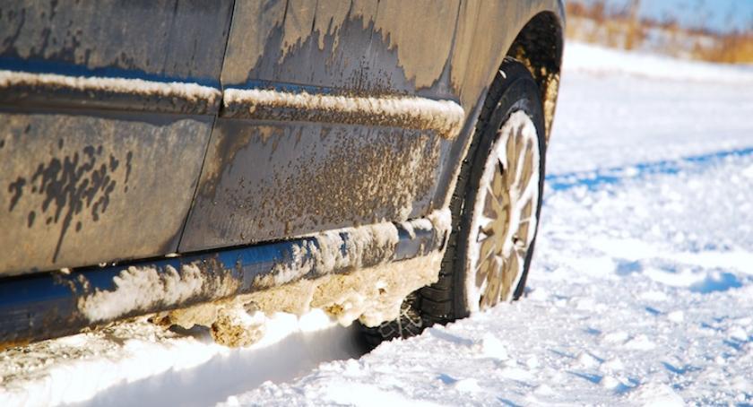 Moto, Polscy kierowcy niechętnie wymieniają opony zimowe - zdjęcie, fotografia