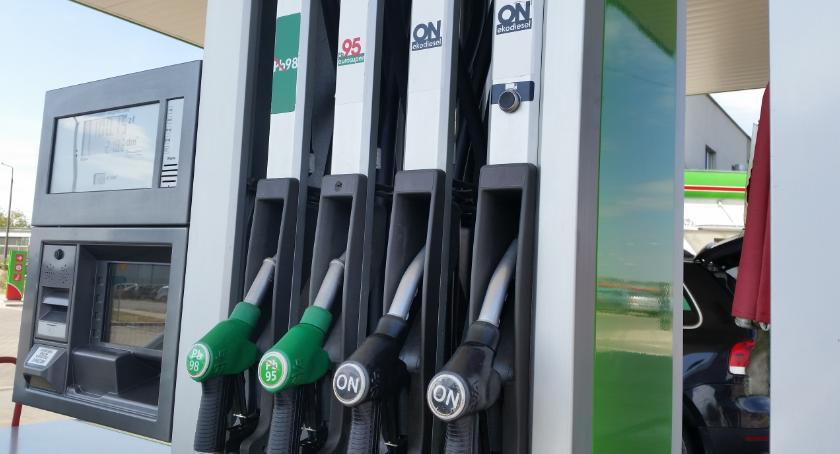 Moto, zaoszczędzić paliwie kiedy idzie cały górę - zdjęcie, fotografia