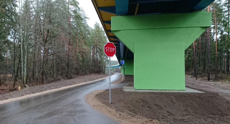 Wiadomości, Droga niebezpieczna widzi - zdjęcie, fotografia
