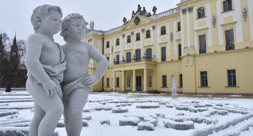 Styl Życia, Może spacer zimowy Ogrodach Branickich rzeźby - zdjęcie, fotografia