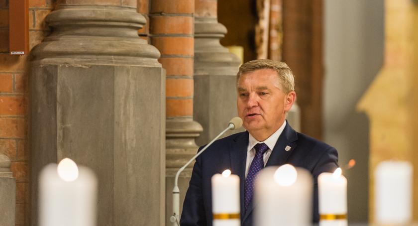 Wiadomości, Aktowi zgonu politycznego Tadeusza Truskolaskiego przyjrzy teraz - zdjęcie, fotografia