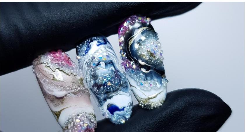 Styl Życia, Białostoczanka paznokciach prawdziwe - zdjęcie, fotografia