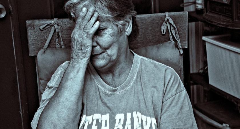 Wiadomości, Podstępnie niespodziewanie zabija grypa - zdjęcie, fotografia