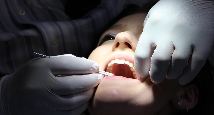 Styl Życia, Piękny uśmiech można odzyskać dzięki współczesnej medycynie - zdjęcie, fotografia