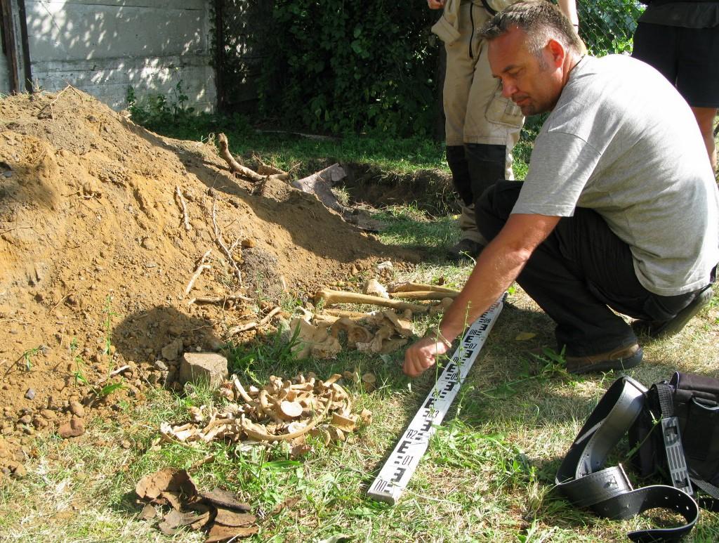 Wiadomości, Ludzkie szczątki Areszcie Śledczym Białymstoku - zdjęcie, fotografia