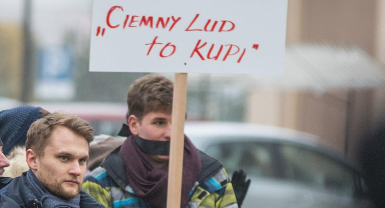Wiadomości, Poseł Truskolaski zaczął biedakampanię - zdjęcie, fotografia
