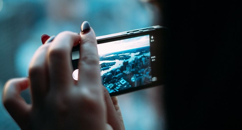 Styl Życia, Szukacie prezentu komunię Może smartfon - zdjęcie, fotografia