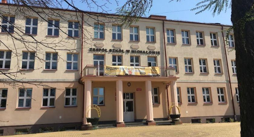 Wiadomości, Szkoła ponadpodstawowa przejęta prowadzenia przez gminę Michałowo - zdjęcie, fotografia