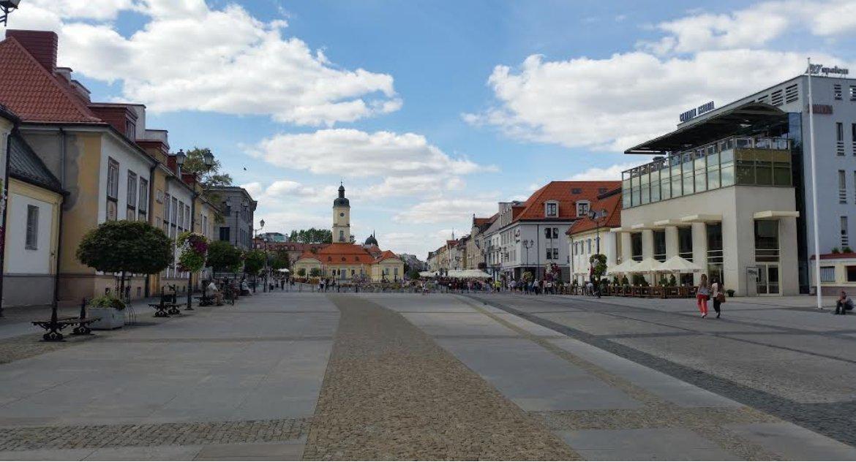 Wiadomości, ponad podpisów przeciwko marszowi równości Białymstoku - zdjęcie, fotografia