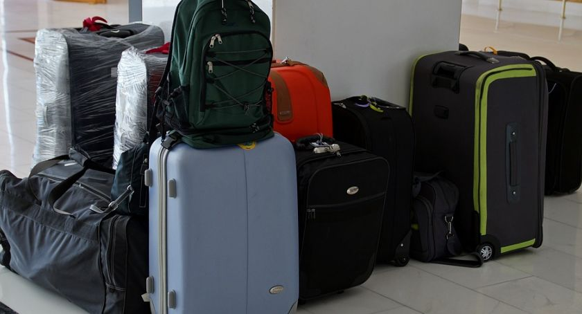 Wiadomości, powrocie kraju czekają długi - zdjęcie, fotografia