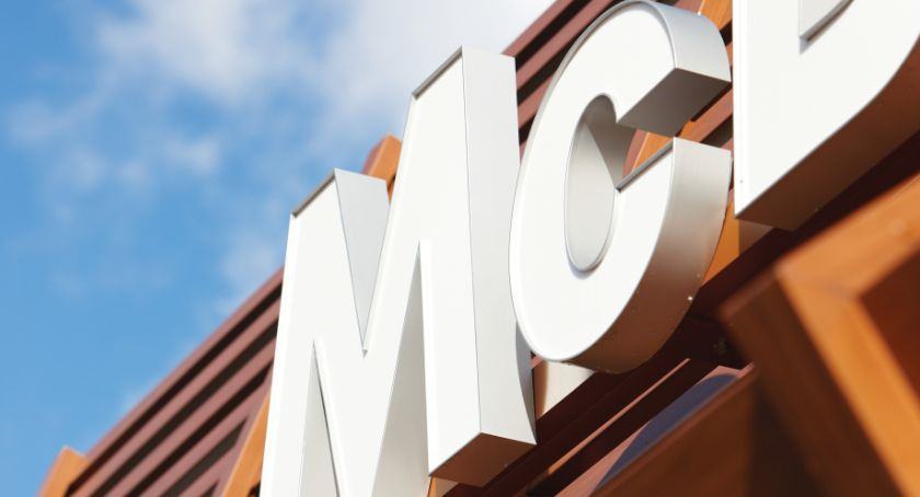 Co, gdzie, kiedy?, Augustowie początku miesiąca działa pierwszy mieście McDonald's - zdjęcie, fotografia