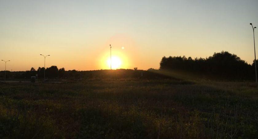 Styl Życia, Gdzie słońce wschodzi kędy zapada - zdjęcie, fotografia