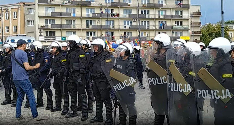 Wiadomości, szpitalach teraz Policja potwierdza jeszcze ofiar pogromie - zdjęcie, fotografia