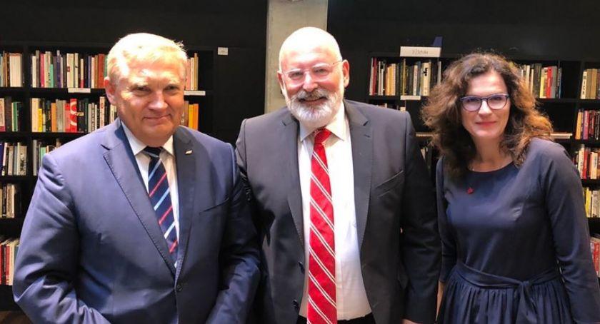 Wiadomości, Tadeusz Truskolaski zaprosił Timmermansa Białegostoku - zdjęcie, fotografia