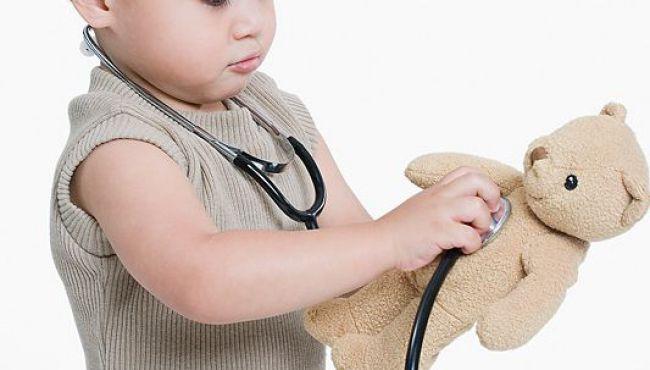 Felietony, Przychodzi dziecko lekarza - zdjęcie, fotografia