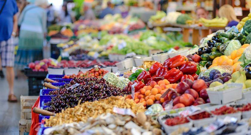 Styl Życia, kuszą zjeść zanim zjemy trzeba koniecznie umyć - zdjęcie, fotografia
